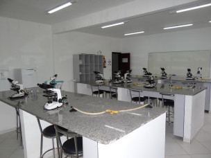 IMG-LAB-BIOLOGIA